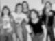 AC/DC im Jahr 1976, schwarzweiß